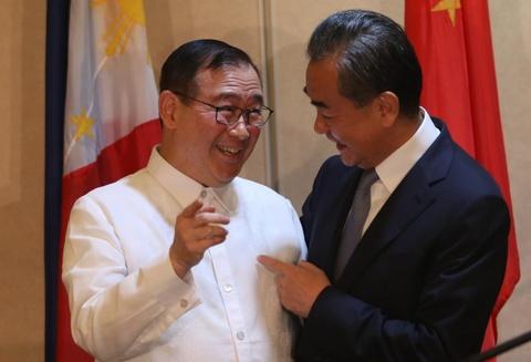 Philippines nghi ngo kha nang ASEAN, TQ dat duoc COC co rang buoc hinh anh