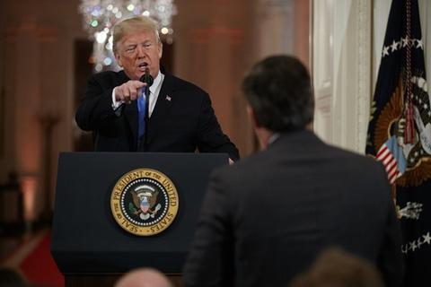CNN kiện Tổng thống Trump vụ cấm cửa phóng viên