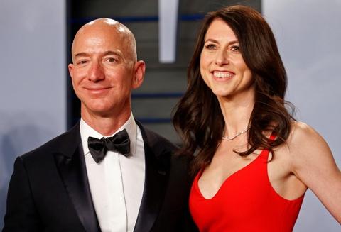 Ty phu giau nhat the gioi Jeff Bezos ly di vo sau 25 nam hinh anh