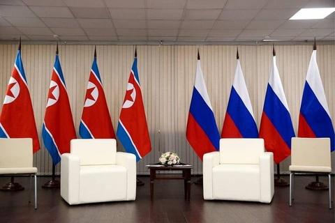 Le binh Nga nghiem chao ong Kim Jong Un den gap Tong thong Putin hinh anh 6