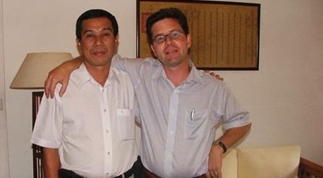 Nguoi chau giai oan cho hoc gia Nguyen Van Vinh hinh anh