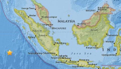 Dong dat 7,8 do Richter rung chuyen Indonesia hinh anh