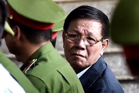 Ong Phan Van Vinh khai mua dong ho Rolex tien ty tu viec ban cay canh hinh anh 1