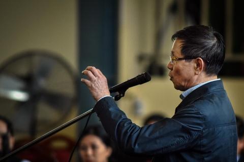 Ông Phan Văn Vĩnh tiếp tục bị xét hỏi về ổ bạc nghìn tỷ