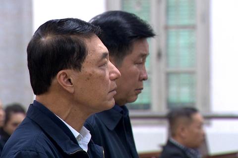 Hai cuu thu truong Bo Cong an bi de nghi 30-42 thang tu hinh anh