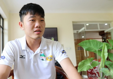 Xuan Truong tiec vi khong duoc trai nghiem khong khi World Cup hinh anh