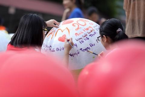 HLV Park Hang-seo no dua cung tre em vung cao Ha Giang hinh anh 14
