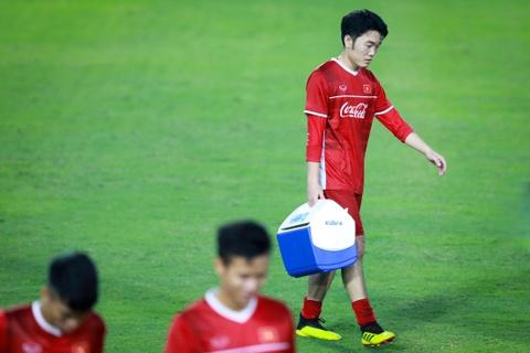 HLV Park Hang-seo bat Xuan Truong tap nhieu hon dong doi hinh anh 8