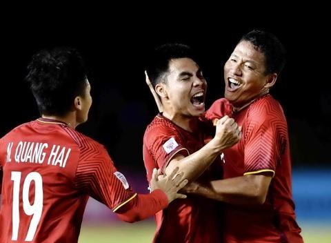 Viet Nam vs Philippines: 10 nam sau Calisto, thay Park se lap ky cong? hinh anh 1