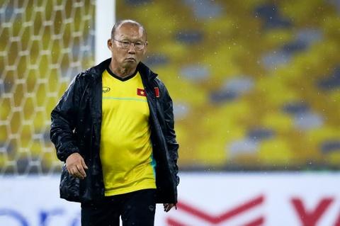 Tuyen Viet Nam dam mua tap luyen truoc chung ket AFF Cup voi Malaysia hinh anh 4