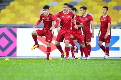 Tuyen Viet Nam dam mua tap luyen truoc chung ket AFF Cup voi Malaysia hinh anh 7