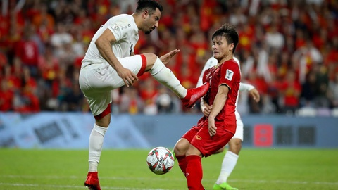 Để bảo vệ Quang Hải, Công Phượng tranh cãi và xô xát với cầu thủ Yemen