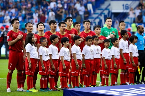 HLV Lee Young-jin: Viet Nam co the vao vong loai cuoi World Cup hinh anh 3
