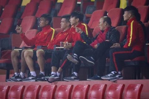 Bui Tien Dung khong co loi, hang cong U23 Viet Nam mang toi hy vong hinh anh 4