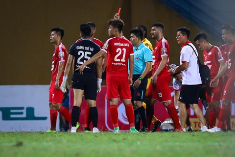 Sao U23 Viet Nam ngan dong doi lao vao an thua du voi trong tai hinh anh 3