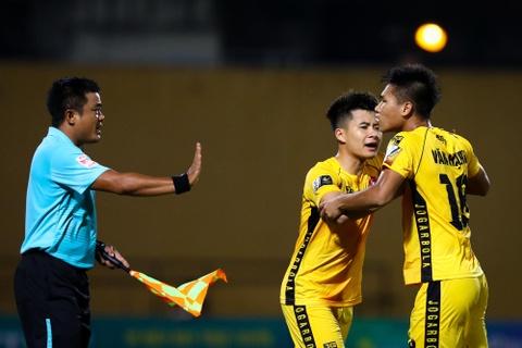 Sao U23 Viet Nam ngan dong doi lao vao an thua du voi trong tai hinh anh 6
