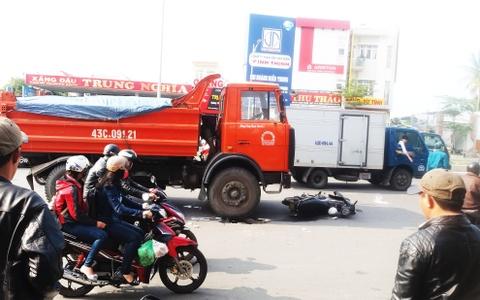 Da Nang se lap Facebook de nguoi dan to lai xe chay au hinh anh