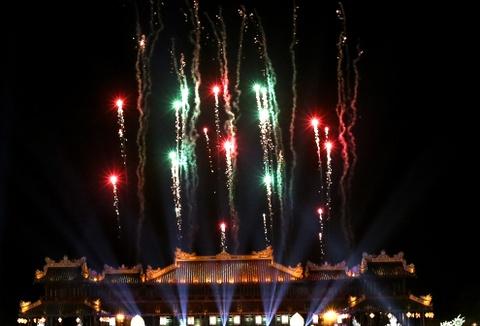 Khai mac Festival Hue 2016 voi am nhac va phao hoa hinh anh 14