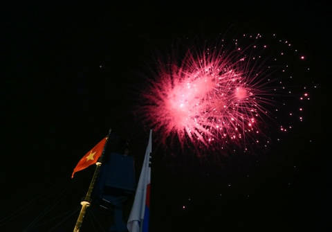 Khai mac Festival Hue 2016 voi am nhac va phao hoa hinh anh 15