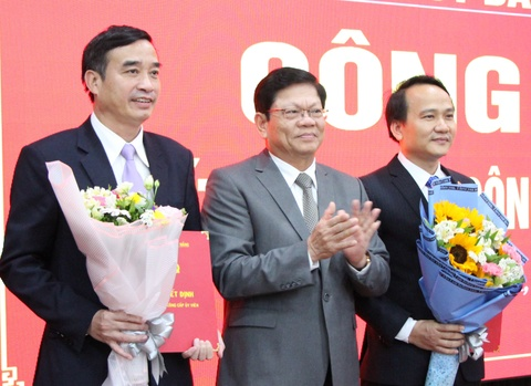 Giam doc So GD-DT Da Nang duoc bo nhiem lam Bi thu quan Ngu Hanh Son hinh anh