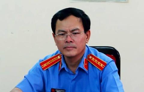 Vi sao ong Nguyen Huu Linh chua bi tam giam? hinh anh