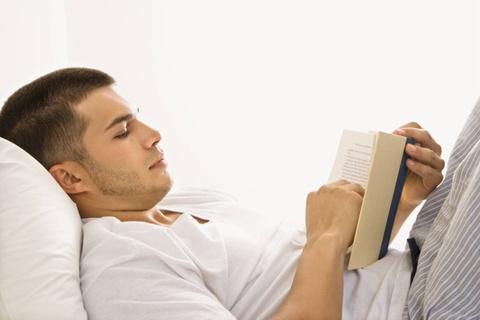Tập thể dục trước khi ngủ đúng hay sai?