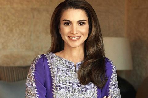Bí quyết sau vẻ đẹp hoàn hảo tuổi U50 của Hoàng hậu Jordan