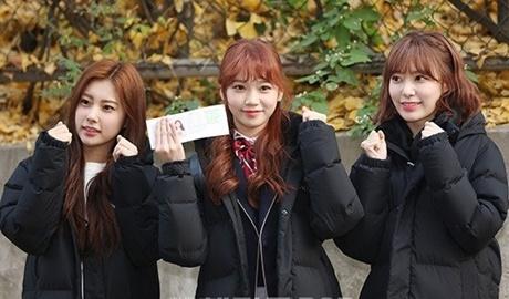 Thần tượng 10X Hàn Quốc thi đại học được săn đón như đi diễn