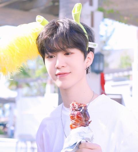 Em trai Pham Bang Bang va 8 nam than tuong the he moi cua Trung Quoc hinh anh 11