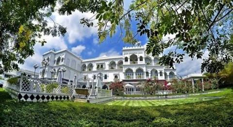 Ông chủ Khaisilk có thực sự bán đứt tòa lâu đài ở TP.HCM?