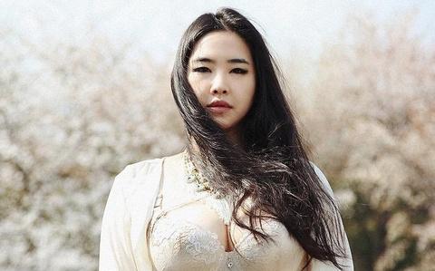 'Nang beo' vuot len du luan pha vo chuan muc cai dep tai Han hinh anh