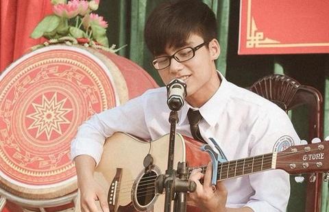 Em trai Son Tung M-TP the hien kha nang ca hat hinh anh