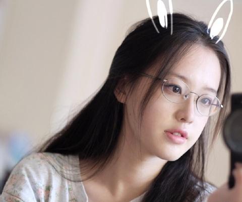 Xinh dep, tai gioi, 9X Trung Quoc duoc vi nhu 'hot girl tra sua' hinh anh
