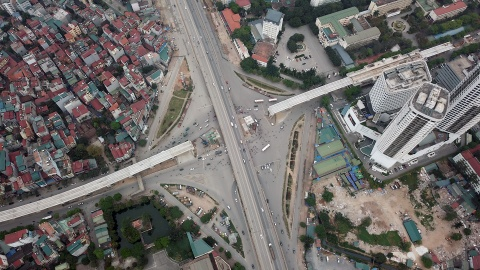 Tuyen metro hon 30.000 ty o Ha Noi co the lui tien do den dau 2023 hinh anh