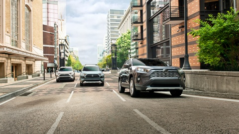Toyota RAV4 2019 ra mat tai My, gia hon 41.000 USD cho ban cao nhat hinh anh 4