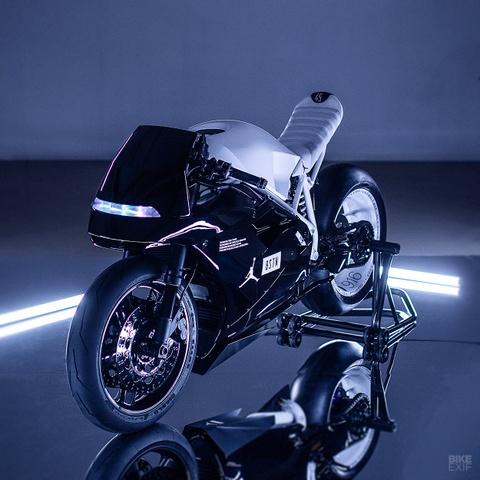 Ducati 916 do theo phong cach giay bong ro Air Jordan hinh anh 3