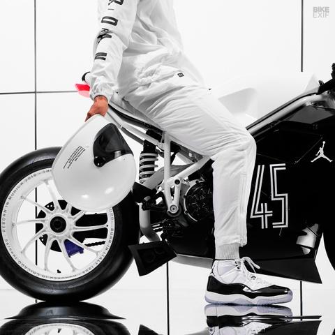 Ducati 916 do theo phong cach giay bong ro Air Jordan hinh anh 4