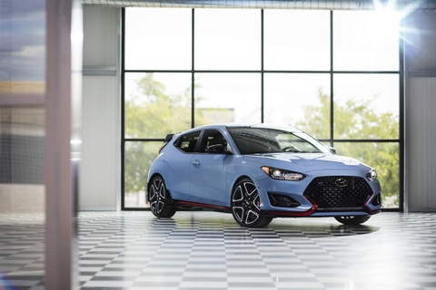 Hatchback the thao Hyundai Veloster N 2019 gia tu 28.000 USD hinh anh
