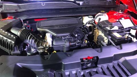Chevrolet Blazer 2019 - SUV 5 cho gia toi da 65.000 USD hinh anh 9