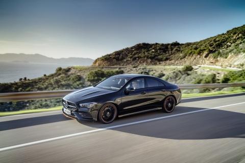 Mercedes-Benz CLA Coupe 2019 - the thao hon, ngap tran cong nghe hinh anh