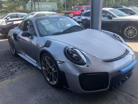 Porsche 911 GT2 RS gia 20 ty vua ve Viet Nam hinh anh