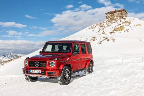 'Vua dia hinh' Mercedes-Benz G-Class ban re nhat gia 120.000 USD hinh anh 1