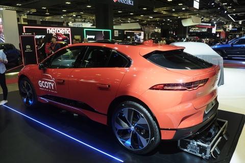 Xe dien Jaguar I-Pace xuat tran tai Dong Nam A, gia 257.000 USD hinh anh 2