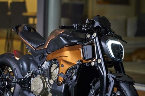 Sieu pham Ducati Panigale V4 do streetfighter dau tien the gioi hinh anh 3