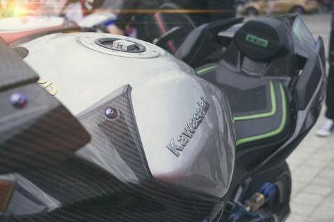Kawasaki Ninja 'H2R' gia hon 3 ty dong cua biker An Giang hinh anh 13