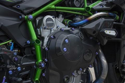 Kawasaki Ninja 'H2R' gia hon 3 ty dong cua biker An Giang hinh anh 11