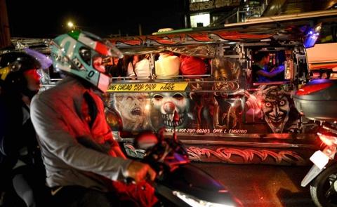 'Dac san' xe Jeepney cua Philippines sap bien mat hinh anh 2