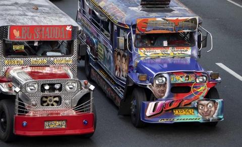 'Dac san' xe Jeepney cua Philippines sap bien mat hinh anh 4