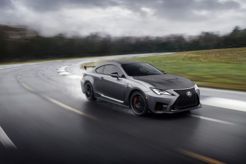 Lexus RC F Track Edition 2020 co dong co 5.0L, BMW M4 nen de chung hinh anh 1
