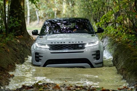 Range Rover Evoque 2020 ra mat, bo sung dong co hybrid hinh anh 12